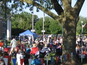 The happy crowd at the Fishers Free Concert